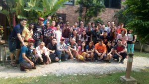 huahongauto-teambuilding1-group-photo